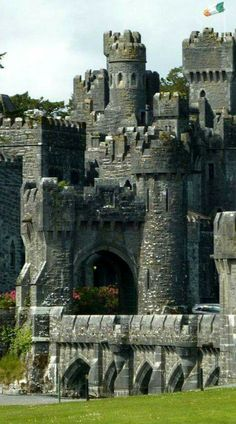 In Ashford Castle, Scotland. In Ashford Castle, Scotland. Chateau Medieval, Medieval Castle, Medieval Fortress, Oh The Places You'll Go, Places To Travel, Places To Visit, Travel Destinations, Beautiful Castles, Beautiful Places