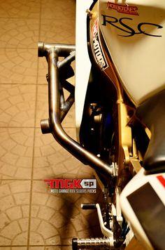 Stunt Bike, Kawasaki Zx6r, Parts Catalog, Stunts, Sliders, Diy, Crafts, Motor Scooters, Motorbikes