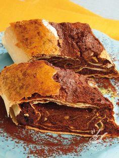 Se per il vostro Strudel al cioccolato fondente preferite la pasta senza uovo, seguite i consigli della cuoca per preparare la pasta tirata per strudel!