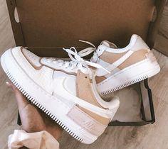 Cute Nike Shoes, Cute Sneakers, Jordan Shoes Girls, Girls Shoes, Nike Shoes Air Force, Swag Shoes, Aesthetic Shoes, Fresh Shoes, Hype Shoes
