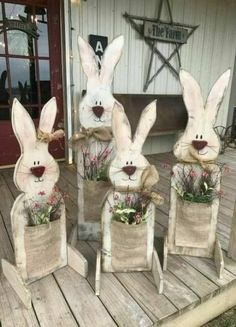 Celebrate Easter & Spring season with an outdoor decor. From Porch decoration to door decoration ot Yard decor, get best DIY Easter Outdoor Decor ideas here Spring Crafts, Holiday Crafts, Thanksgiving Crafts, Diy Y Manualidades, Easter Projects, Easter Ideas, Bunny Crafts, Hoppy Easter, Easter Eggs