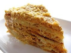 """Торт """"Королевский Наполеон"""".     Уж какие я только Наполеоны не пробовала, а такой ела в первый раз! Во-первых, тесто на сметане... во-вторых, 2 крема!"""