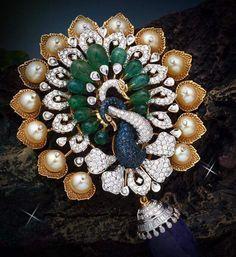 Simply elegant Peacock Jewelry, Emerald Jewelry, Gold Jewelry, Jewelery, Gold Pendent, Diamond Tops, Jewellery Sketches, India Jewelry, Royal Jewels