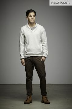 OW108-SNOW-SHAWL COLLAR FLEECE// FT107-COFFEE-PATCH POCKET PANT