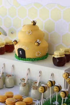 """Bee cake: Beautiful--I like that it has name too. maybe two names--LOL """"D""""eborah {which means """"the bee""""}. A Bee-Day A Bee themed first birthday by Touch of Style Events Baby Birthday, First Birthday Parties, Birthday Celebration, First Birthdays, Birthday Ideas, Bee Birthday Cake, Bee Cake Pops, Deco Cupcake, Bee Cakes"""