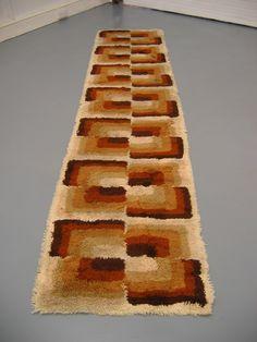 Retro Vintage 1970s Floor Rug Runner Carpet