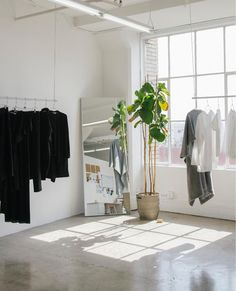 Designer Fashion & Home Décor Fashion Shop Interior, Clothing Store Interior, Clothing Store Design, Boutique Interior, Studio Interior, Boutique Design, Shop Interior Design, Retail Design, Fashion Store Design