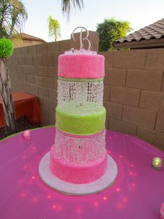 """Sweet Sixteen And Bling I made this cake for my daughters Sweet 16 Party. She wanted something """"sweet"""" looking but sophisticated. Bling Cakes, Fancy Cakes, Neon Sweet 16, Sweet 16 Birthday Cake, Sweet 16 Decorations, Sweet 16 Cakes, Sweet Sixteen Parties, Elegant Cakes, Gorgeous Cakes"""