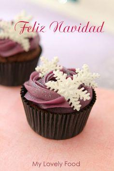 My Lovely Food: Paso a Paso, Cupcakes de chocolate con buttercream de Chicle y Feliz Navidad