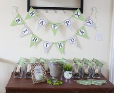 Creepy Crawly Birthday Party - see more great party idea at projectnursery.com!
