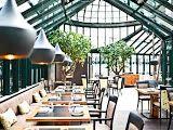 das glashaus wien - Google Search Vienna Restaurant, Vienna Hotel, Find Hotels, Hotels Near, Teintes Pastel, Le Palais, Vienna Austria, Where To Go, Trip Advisor