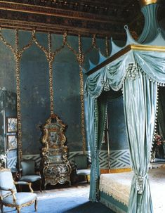 gold & turquoise - not sure where I see this but I do picture it as a room in the mansion.