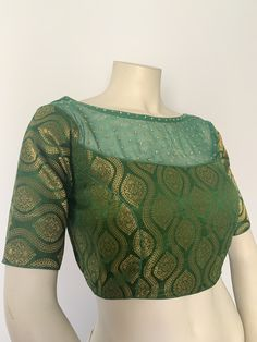 Readymade Indian brocade silk saree blouse with boat net neck / Readymade women's plus size sari top in Size adjustable upto Patch Work Blouse Designs, Fancy Blouse Designs, Blouse Neck Designs, Fashion For Women Over 40, Crop Top Outfits, Silk Sarees, Sari, Boat, Indian
