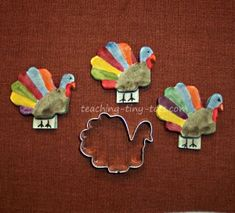 Toddler Activities: Thanksgiving and Christmas Salt Dough Turkey Place Settings