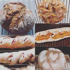 am 27.4.2019, 13:00-18:00, backen wir wieder! n diesem Grundkurs lernen wir anhand einfacher Rezepturen Brot und gemischtes Handgebäck herzustellen.  Wir arbeiten hierzu mit Weizen- als auch mit Roggen- und Sauerteig und versuchen fertigen Semmerl, sowie Flesserl und Stangerl. Varianten in den Rezepturen, sowie in der Verarbeitung ermöglichen eine Vielzahl von Backergebnissen.