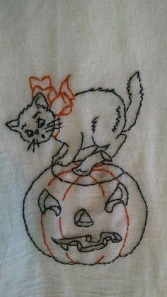 Vintage Style Embroidered Halloween Black Cat on  Flour Sack Tea Towel |