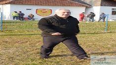 Zilele trecute in Arena Valceana, primarul din Horezu avand unele surse a spus despre aducerea lui Florin Costea la FC U Craiova . Flacara Horezu este una din posibilele adversare ale echipei FC U Craiova din barajul pentru promovare in liga a 3-a . Printre posibilele adversare pe care le-am putea întâlni în drumul nostru ...