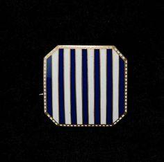 koloman moser · Wiener Werkstätte · 1912 · brooch · copper, enamel in white and blue Louis Comfort Tiffany, Online Katalog, Koloman Moser, Vienna Secession, Gustav Klimt, Jewelry Design, Designer Jewelry, Large Art, Unity