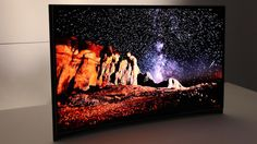 Samsung-curved-oled, if I could marry this gorgeous creation I would commit crimes for the money to elope tonight.  Thank you Samsung, thank you.