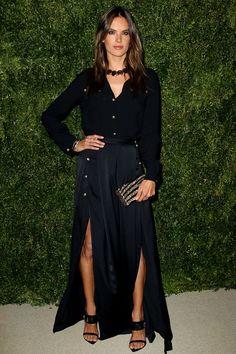 Alessandra Ambrosio en Versus Versace http://www.vogue.fr/mode/look-du-jour/articles/alessandra-ambrosio-en-versus-versace/24349