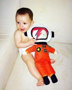 Boneco David Bowie astronauta