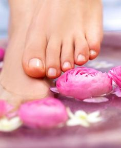 LisaLise - Natural Skin Care: Discount Solution - Lavender Foot Scrub and Spa Treatment Pedicure At Home, Manicure Y Pedicure, Mani Pedi, Beautiful Toes, Pretty Toes, Nail Fungus, Diy Spa, Sexy Toes, Tips Belleza