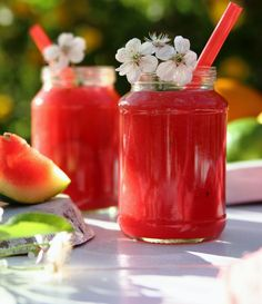 Cocktail Drinks, Cocktail Recipes, Watermelon Mojito, Fruit Juice Recipes, Molecular Gastronomy, Yummy Eats, Food Presentation, Food Plating, Frisk