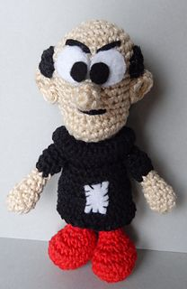 This is a fabulous crochet amigrumi. I remember him from Saturday morning cartoons. Gargamel - Media - Crochet Me Amigurumi Free, Crochet Amigurumi, Amigurumi Patterns, Amigurumi Doll, Crochet Patterns, Amigurumi Tutorial, Crochet Owls, Love Crochet, Crochet Animals