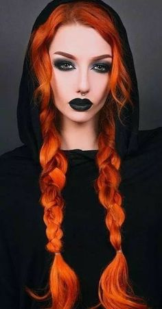 Gothic Makeup, Dark Makeup, Fantasy Makeup, Goth Hair, Grunge Hair, Gothic Hairstyles, Cool Hairstyles, Witchy Hairstyles, Bob Hairstyle
