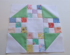 Sewing Block Quilts Rose Petal Block (looks like Churn Dash with nine patch) Sampler Quilts, Scrappy Quilts, Easy Quilts, Mini Quilts, Quilt Block Patterns, Pattern Blocks, Quilt Blocks, Quilting Projects, Quilting Designs