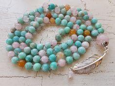 Mala Liebe Kette Diese Kette kann individuell bei uns bestellt werden! Beaded Necklace, Beaded Bracelets, Necklaces, Jewelry, Pearls, String Of Pearls, Love, Schmuck, Beaded Collar