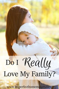 Newborn Hacks to Make Mom Life Easier Life with a new baby is beautiful, but it isn't exactly a walk in the park. Christian Homemaking, Christian Parenting, Love My Family, My Love, Family Life, Strong Family, Kids Fever, How Many Kids, Mom And Baby