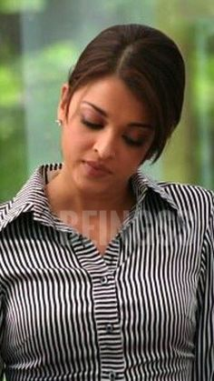Aishwarya Rai Makeup, Aishwarya Rai Young, Actress Aishwarya Rai, Aishwarya Rai Bachchan, Bollywood Actress, Most Beautiful Indian Actress, Most Beautiful Women, Aishwarya Rai Wallpaper, Bhoomika Chawla