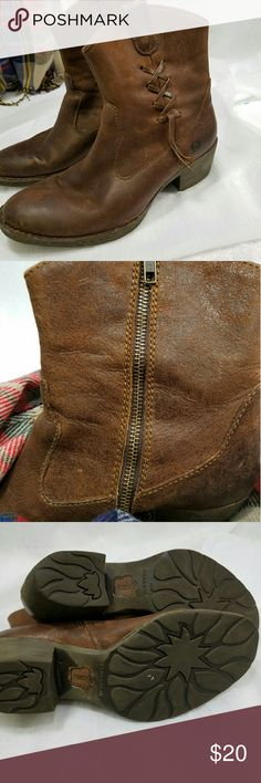 Born Leather Boots...Super Cute, Super Versatile So cute! Perfect for your skinny jeans. These have a fun rugged patina Born Shoes Ankle Boots & Booties