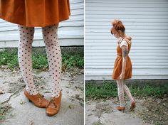 Fall Outfit: Peter Pan Collar/Collared Shirt/Blouse + Brown/Caramel/Pumpkin/Tan Dress + B/Black and White Polka Dot Tights + Caramel/Camel/Cognac Oxford Booties