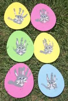 Easter bunny hand print craft.
