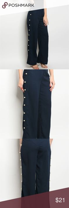 Navy Wide leg Pants with Pearls Navy wide leg pants Regular Size  100% POLYESTER    INSTAGRAM: giuliettasshop  TWITTER: giuliettasShop                        WWW.GIULIETTASSHOP.COM  Pants Wide Leg