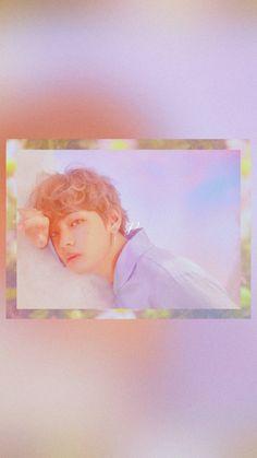 가장 최근 컨셉포토 럽유어셀프 LOVE YOURSELF 모티브가 그리스 신화세요ㅠㅠ?????? 성당 벽화 뚫고 나온 비주얼 ㅠㅠㅠㅠ 셔츠 색감도 그렇고 분위기도 그렇고 빅힛 진짜 컨셉 진짜 .... 잘해..... 8ㅅ8.. Bts Backgrounds, Bts Fans, Bts Wallpaper, Bts Memes, Taehyung, Hoseok, Kpop, Flower, Bts Lockscreen