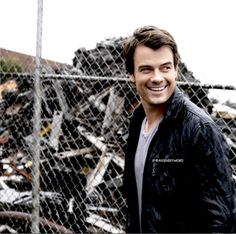 Have any of you seen When in Rome the movie starring Josh Duhamel??? He is adorable!! :) BTW... The movie often plays on ABC family network... Check it out!!