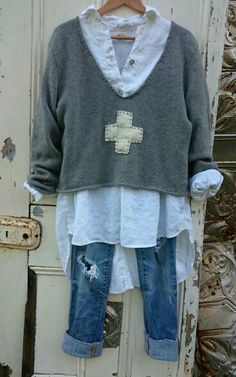 Boho jeans - Clothes for Diy And Crafts Look Fashion, Diy Fashion, Ideias Fashion, Autumn Fashion, Boho Jeans, Denim, Mode Outfits, Casual Outfits, Casual Shoes