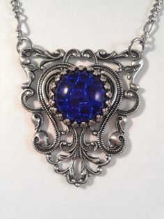 1950's Vintage Sapphire Blue Pin fire Opal Glass in Crown Edge on Oxidized Silver Filigree Triangle Pendant Necklace
