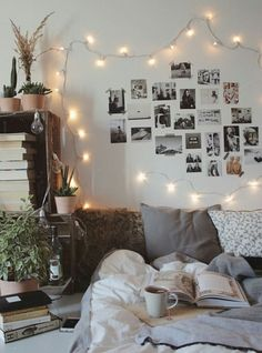 Interior, bedroom, bedroom inspo, firefly lights, modern, design, interior design, DIY, minimalist, Scandinavian, decoration, decor, ideas, decoration ideas, inspiring homes, minimalist decor, Hygge, furnishings, home furnishings, decor inspiration, photos,