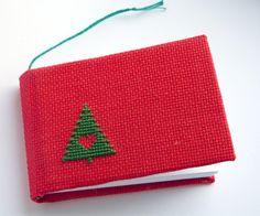 """Новогодний блокнот """"Елочка"""" - Маленький эко блокнот с вышивкой крестом - Вышитый мини блокнот - Красный блокнот - Блокнот на Новый год"""