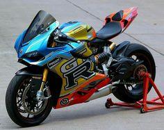 Ducati Ducati Motorbike, Moto Ducati, Moto Bike, Motorcycle Bike, Concept Motorcycles, Honda Motorcycles, Gp Moto, S1000r, Motorcycle Decals