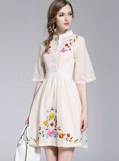 Simple Dresses, Beautiful Dresses, Casual Dresses, Dresses For Work, Floral Embroidery Dress, Embroidery Fashion, Cute Homecoming Dresses, Kurta Designs Women, Mini Dress With Sleeves