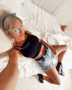 LAS POSTURAS DE LA NATI JOTA EN INSTAGRAM - LBP HOT MAGAZINE Bikini, Hot, Instagram, Princess, Portraits, Bikini Swimsuit, Bikini Swimwear, Torrid, Bikinis