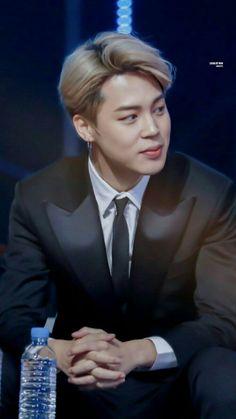 Someone make an edit with suit and tie by timberlake that would ne so hot omg Foto Bts, Bts Photo, Bts Jimin, Bts Bangtan Boy, Park Ji Min, Jikook, Seokjin, K Pop, Taehyung