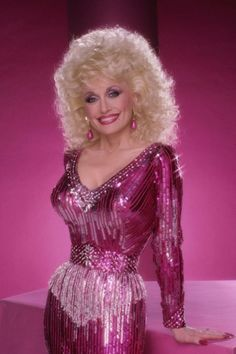 10 of Dolly Parton's Best Outfits