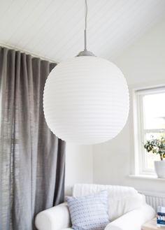 Cool white glass pendant with a chromed metal base for living rooms Vitro Scandinavian Bathroom, Glass Pendants, Pendant Lamp, Floor Lamp, Chrome, Table Lamp, Ceiling Lights, Flooring, Lighting