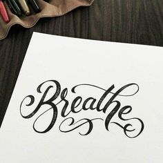 8 little tips for those who want to learn calligraphy and handlettering - Schrift ist schön - # Lettering Brush, Hand Lettering Quotes, Creative Lettering, Typography Letters, Lettering Design, Font Design, Lettering Styles, Bullet Journal Hand Lettering, Calligraphy Letters Alphabet